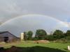 stall-mit-regenbogen